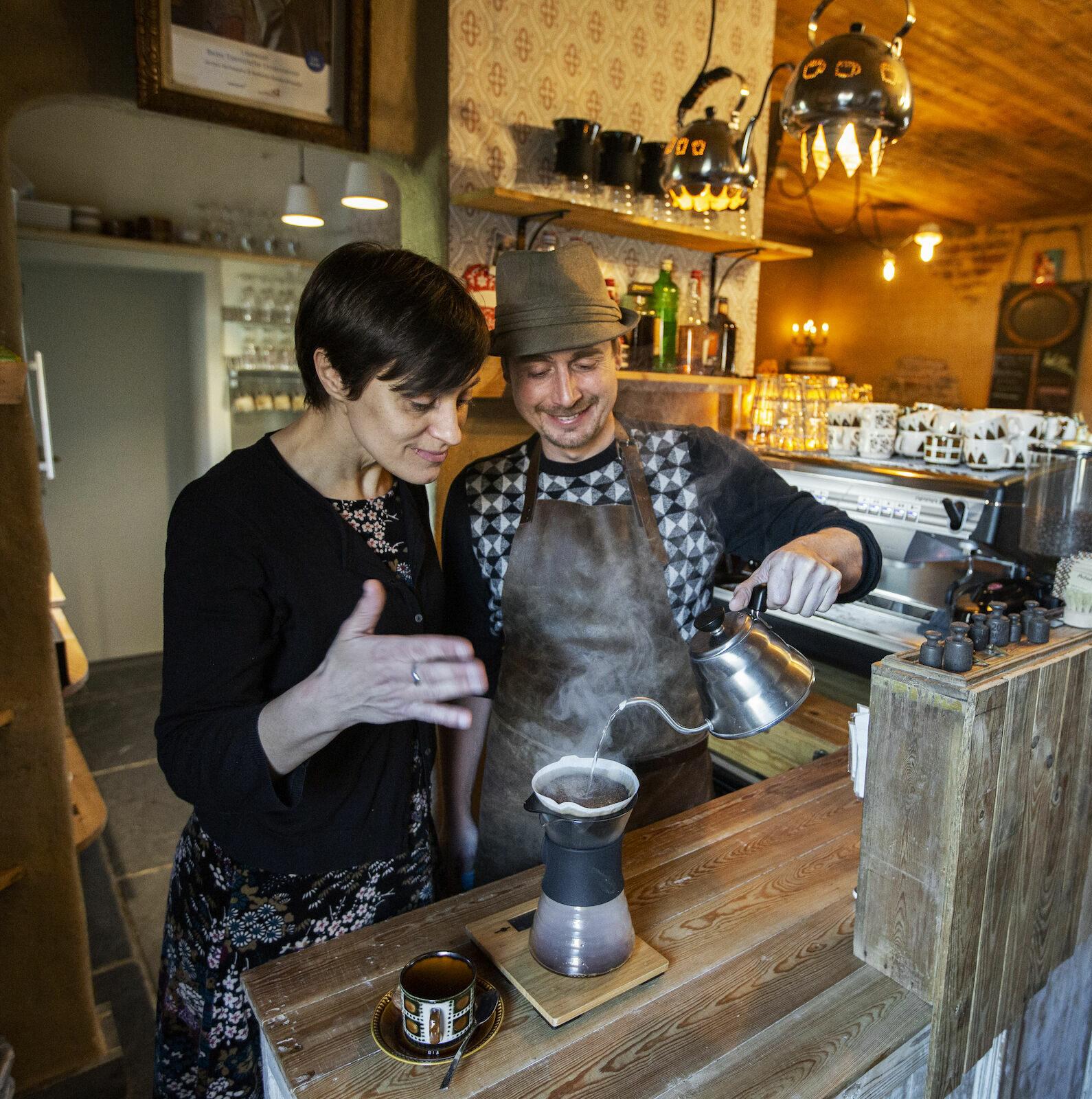 Achiel en Hector Tiegem leiestreek kinderboerderij koffie en thee